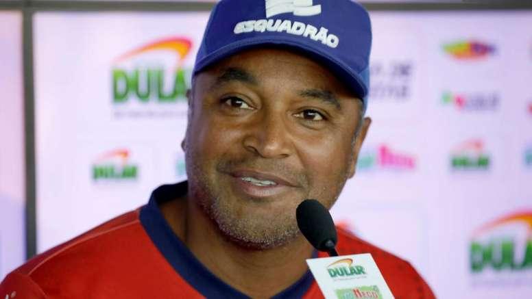 Bahia e Fluminense se unem por mais oportunidades a técnicos negros no Brasil.