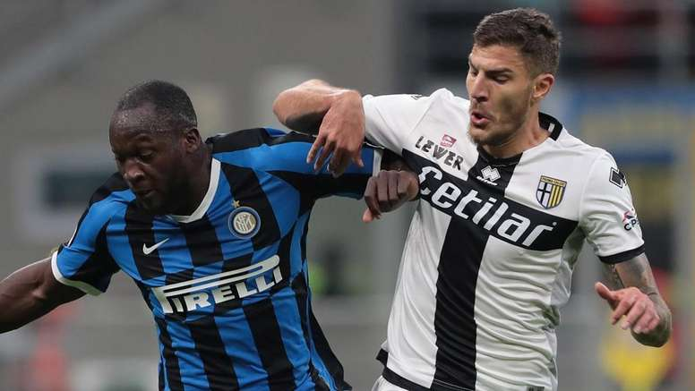 Parma senza attaccanti: c'è anche l'idea Dermaku centravanti