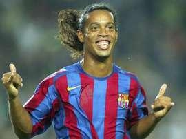 Ronaldinho celebra o seu aniversário. Goal