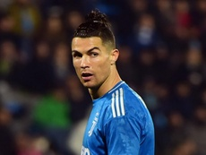 Coronavirus: Ronaldo criticised for 'taking pictures by the pool' during pandemic. Goal