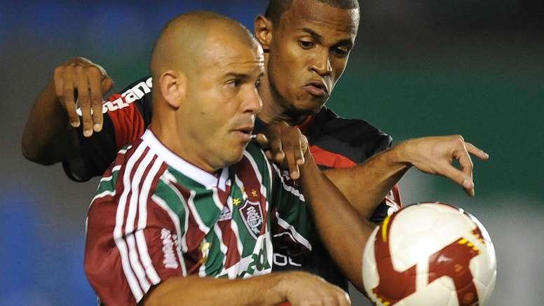 Ex-Fluminense, Roni é preso por fraude envolvendo o Estádio Mané Garrincha.