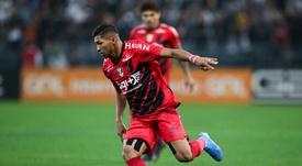 Corinthians x Palmeiras por Rony? Entenda a situação do atacante do Athletico