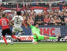 Nolan Roux gardera longtemps en tête ce but. Goal