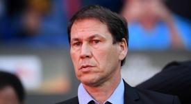 Garcia replaces sacked Sylvinho at Lyon. GOAL