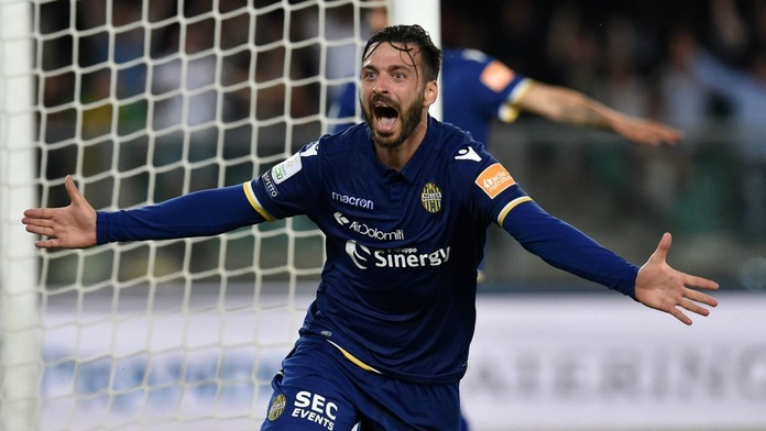 Verona Punish Nine Man Cittadella To Win Serie A Promotion Besoccer