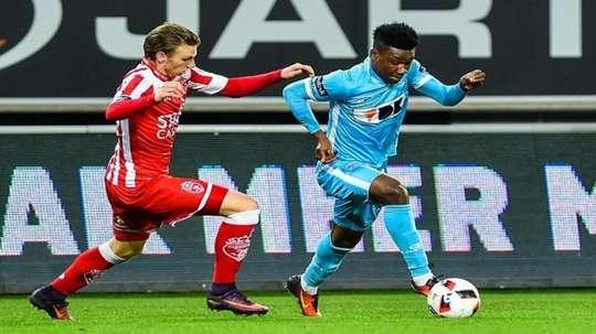 Kalu est un joueur de Bordeaux. Goal