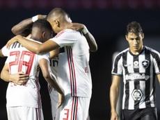 Prováveis onzes de Goiás e São Paulo. Goal