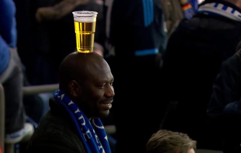 Projeto que liberaria venda de cerveja em estádios de SP é vetado. AFP