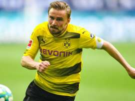 Schmelzer is back in contention. GOAL