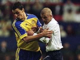 Ibrahimovic e Beckham fazem aposta para duelo entre Suécia e Inglaterra.Goal