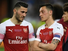 Arsenal, Özil e Kolasinac nei guai: nel mirino della malavita londinese