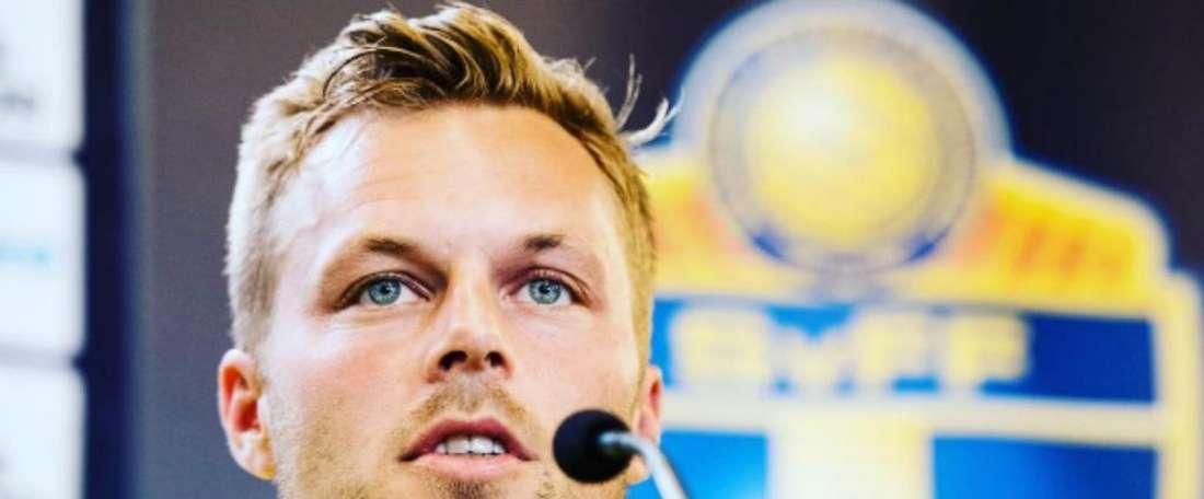 Larsson: 100 jogos depois... A primeiro Copa. Goal