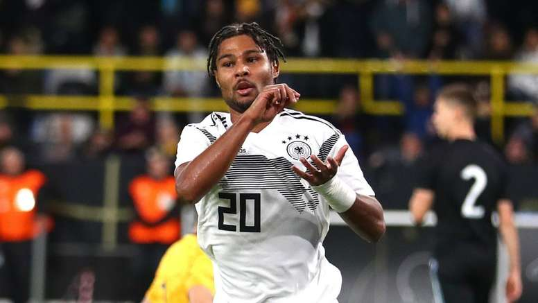 Low protecting 'dangerous' Gnabry.