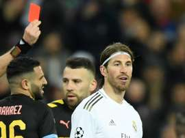 Sergio Ramos é recordista absoluto em cartões. Goal