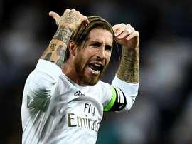 Sergio Ramos soutient Zinédine Zidane. Goal