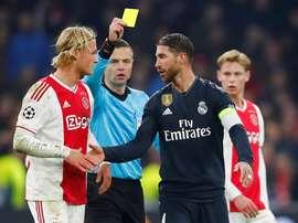 Sergio Ramos Yellow Card Ajax Real Madrid