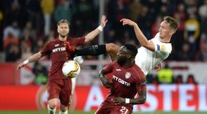 """""""Greve de sexo"""" não adianta e time romeno é eliminado. Goal"""
