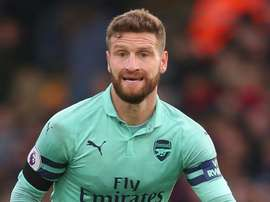 Arsenal to assess Mustafi, Monreal and Bellerin for Liverpool clash