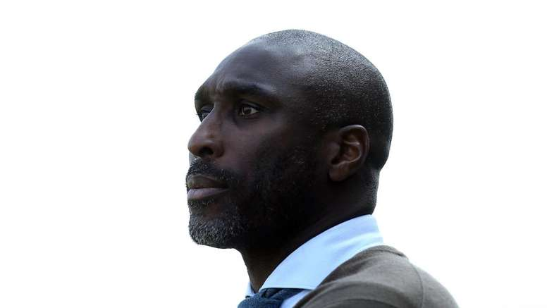 After 8 months in charge, Campbell leaves Macclesfield Town