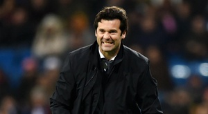 Solari maintains that he is comfortable at Madrid in spite of Mourinho availability. AFP