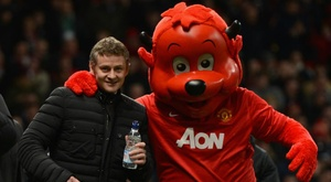 Solskjaer set to replace Mourinho after Man United gaffe