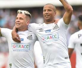 Peixe atropela o Goiás e santistas vibram. Goal