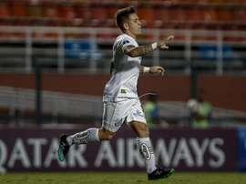 O jogador custou 3,5 milhões de dólares ao Santos. Goal