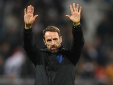 Southgate plans to stay on