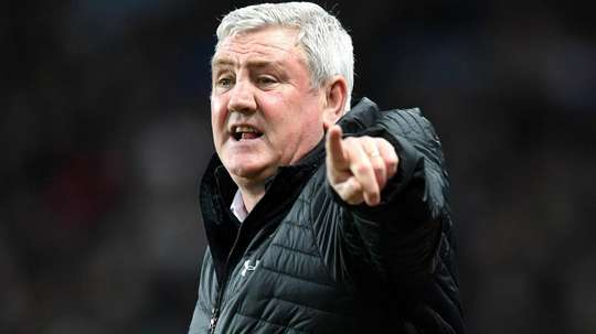 Sheffield Wednesday hit out at Newcastle over Bruce announcement. GOAL