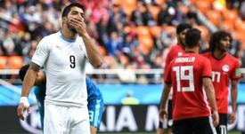 Ex-jogador inglês 'brinca' com atuação de Suárez. Goal