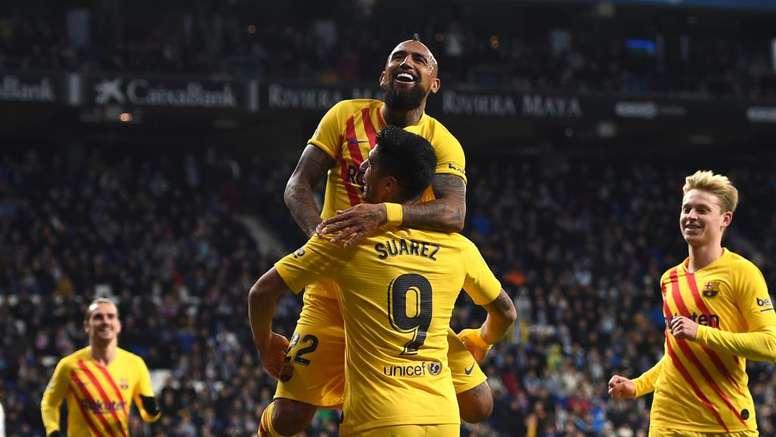 Suarez trattiene Vidal: 'Spero che resti al Barça'