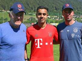 Sarpreet Singh (centre) has been signed up by Bayern Munich. GOAL