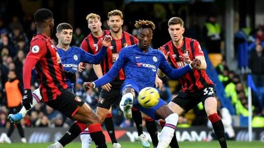 Chelsea perd face au Bournemouth. GOAL