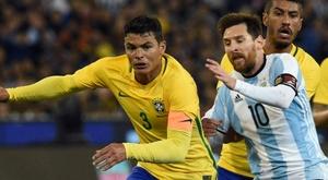 Thiago Silva orgulhoso de enfrentar Messi. Goal