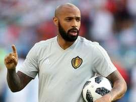 Henry n'ira pas à Villa, Steve Bruce reste. Goal
