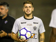 Tomás Andrade e seu adversário favorito. Goal