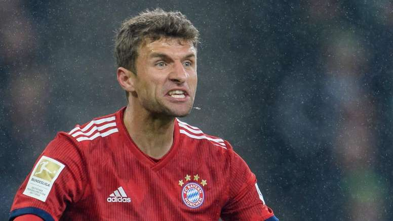 Thomas Muller says he would deliberately miss a penalty.
