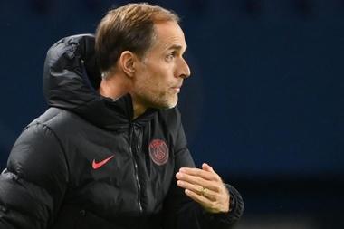 Fragilidade defensiva acende alerta para o PSG na Champions. EFE