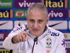 Tite explica saída de Coutinho. GOAL