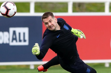 Tom Heaton thinks Pickford has been outstanding for England. GOAL