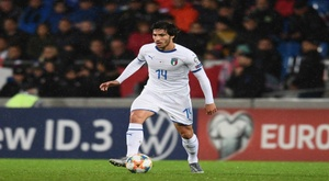 Tonali compares himself to Pirlo and Gattuso after Italy debut.