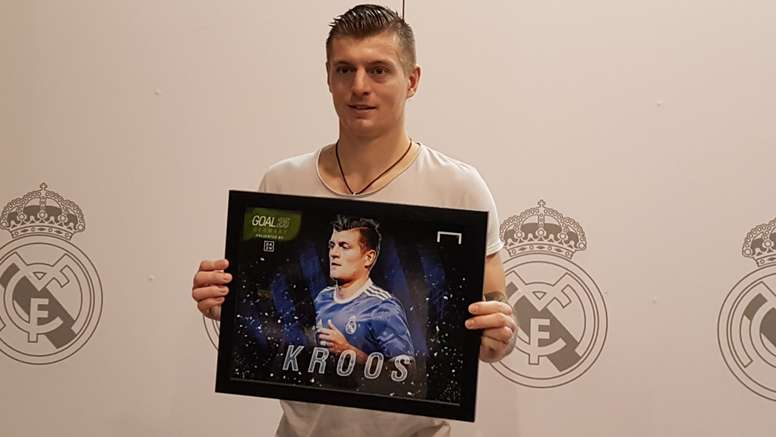 Toni Kroos with a trophy. Goal
