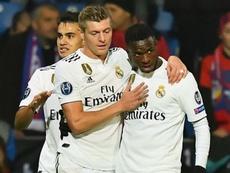 """Vinícius comemora assistência e fala em """"sonho de criança"""" com o Real Madrid na Champions"""