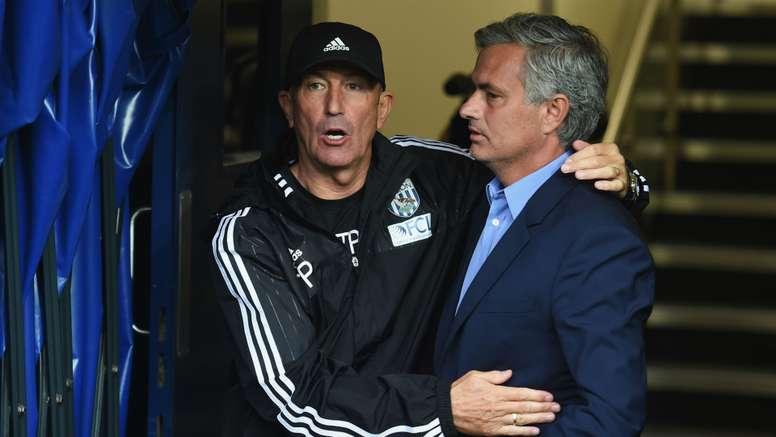 Tony Pulis and Jose Mourinho - cropped