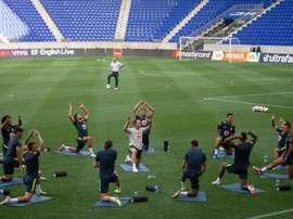 Com time quase completo, jogadores colocaram 'a mão na massa' em primeiro treino da Seleção nos EUA