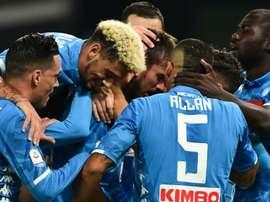 Naples attend Paris. Goal
