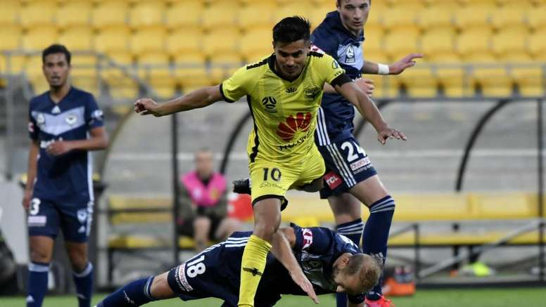 Coronavirus: Professional Footballers Australia question government 'see-sawing'. GOAL