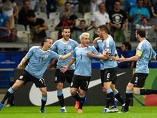 Uruguai goleia Equador em noite de ataque completo e Mineirão vazio.
