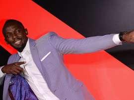 Usain Bolt a 12 offres d'essai dans des clubs de foot, selon son agent. Goal