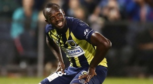 Usain Bolt scored twice on his professional debut for Central Coast Mariners. GOAL